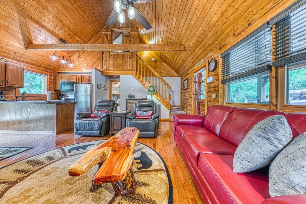 Photo of a Sevierville Cabin named Black Bear Bungalow - This is the ninth photo in the set.