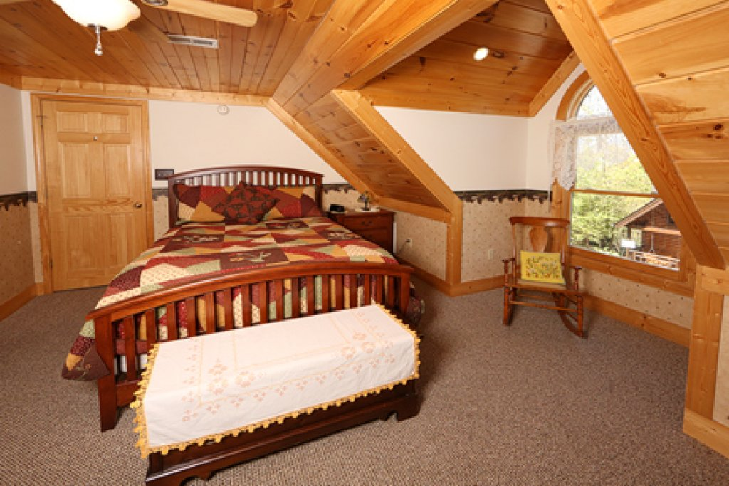 Photo of a Sevierville Cabin named Parkside Haven - This is the seventh photo in the set.
