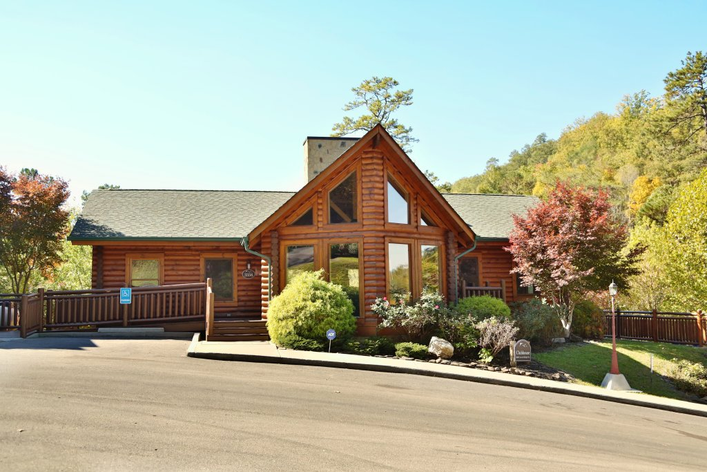 Photo of a Sevierville Cabin named Smoky Cascades - This is the twenty-seventh photo in the set.