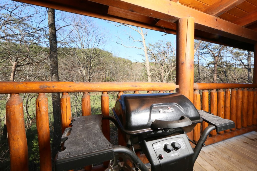 Photo of a Sevierville Cabin named Sweet Surrender - This is the twenty-first photo in the set.