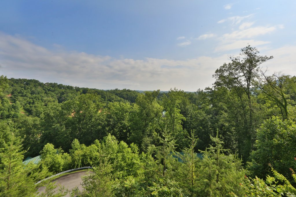 Photo of a Pigeon Forge Condo named Pinnacle View 7b - This is the eighteenth photo in the set.