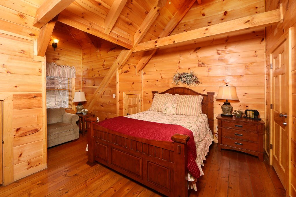 Photo of a Sevierville Cabin named Smoky Mountain Getaway - This is the sixth photo in the set.