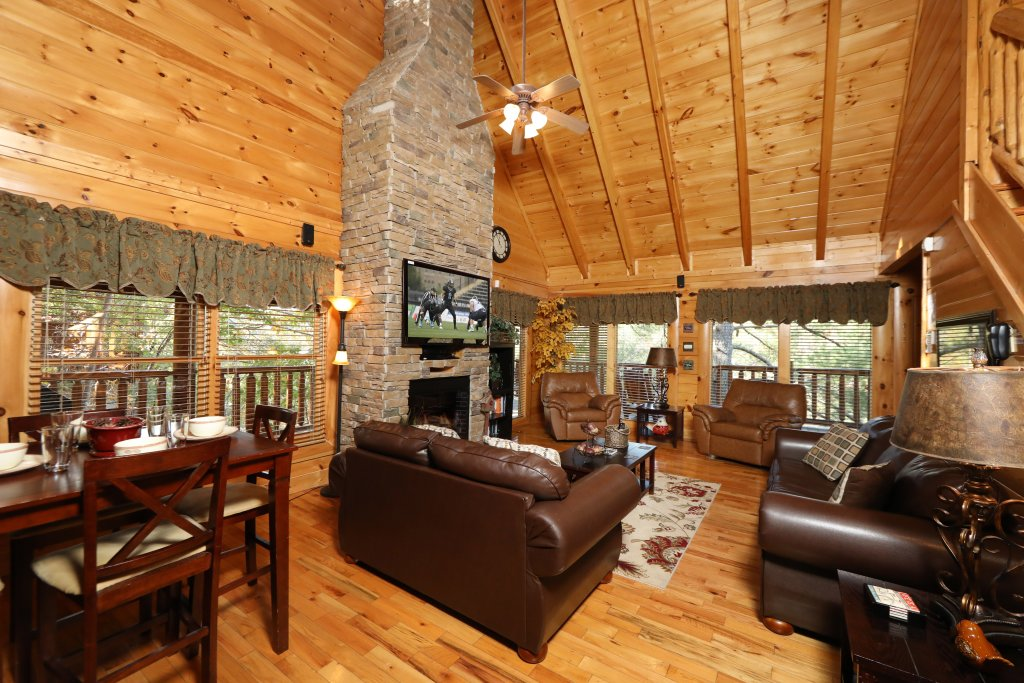 Photo of a Sevierville Cabin named Blessed Nest - This is the second photo in the set.