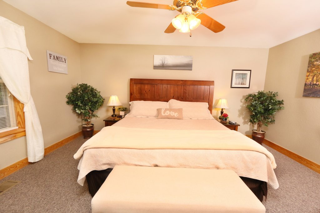 Photo of a Pigeon Forge Condo named Pinnacle View 7c - This is the twelfth photo in the set.