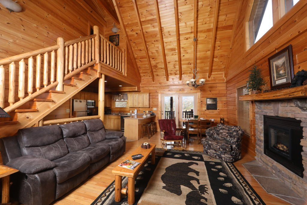 Photo of a Sevierville Cabin named Mountain Sunrise - This is the fifth photo in the set.