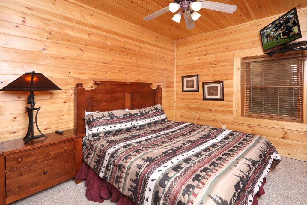 Photo of a Sevierville Cabin named Mountain Sunrise - This is the nineteenth photo in the set.