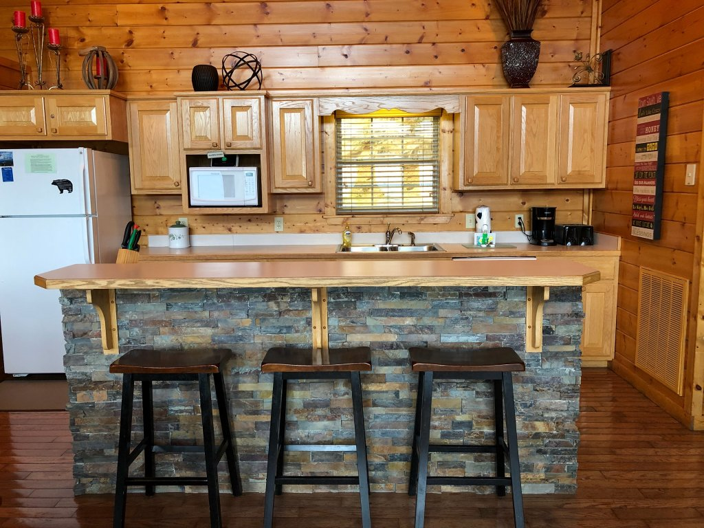 Photo of a Sevierville Cabin named Majestic Views - This is the twentieth photo in the set.