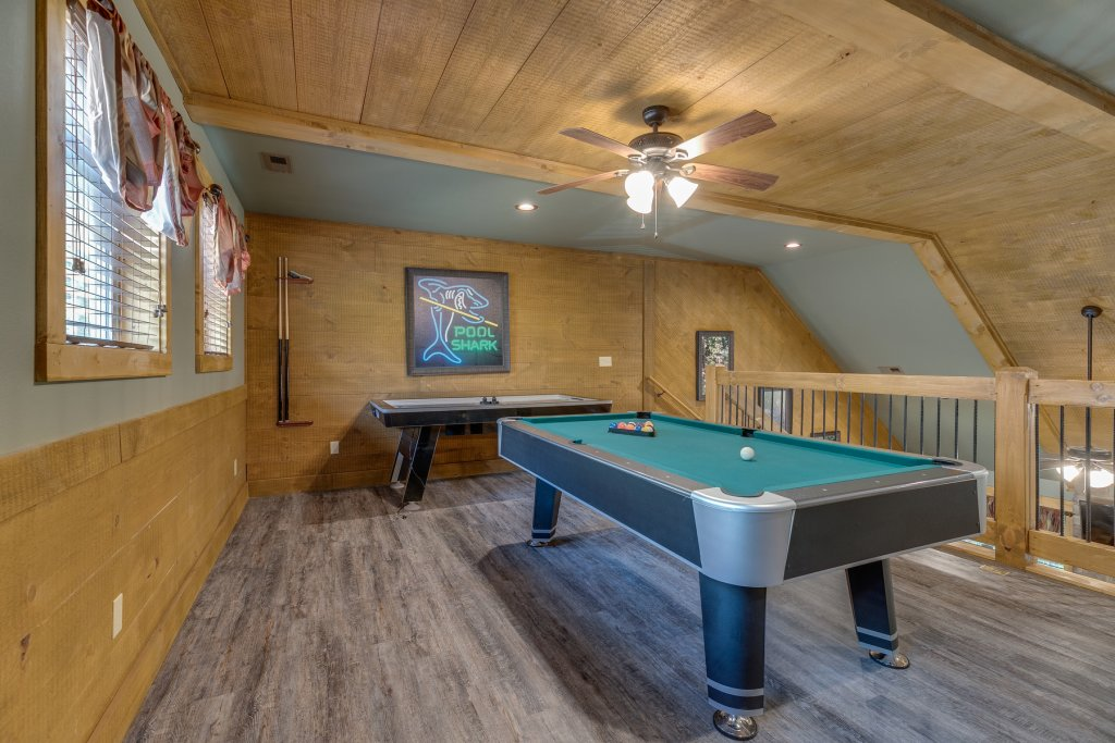 Photo of a Gatlinburg Chalet named Marco Polo - This is the thirty-first photo in the set.