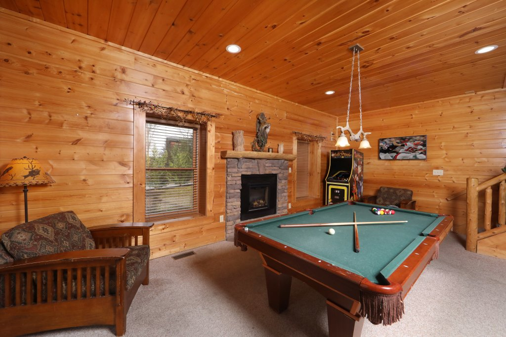 Photo of a Sevierville Cabin named Mountain Sunrise - This is the twenty-third photo in the set.