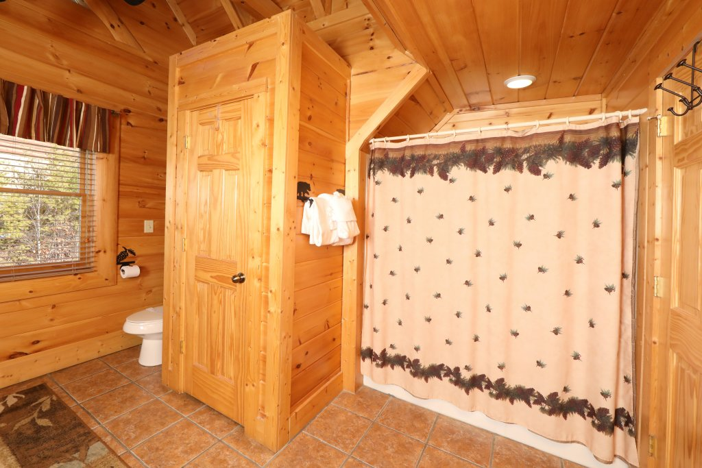 Photo of a Sevierville Cabin named Mountain Blessings - This is the thirteenth photo in the set.