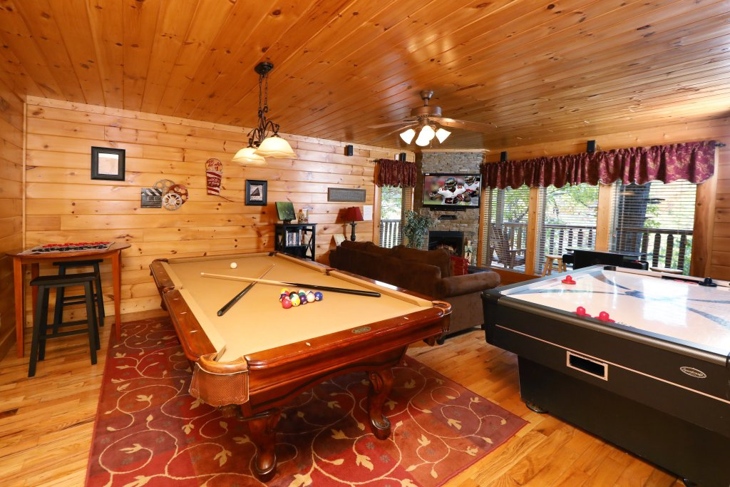 Photo of a Sevierville Cabin named Blessed Nest - This is the twentieth photo in the set.
