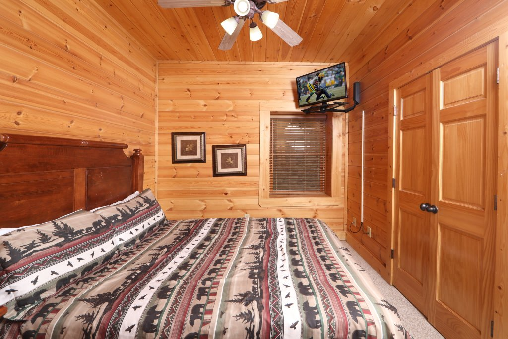 Photo of a Sevierville Cabin named Mountain Sunrise - This is the eighteenth photo in the set.