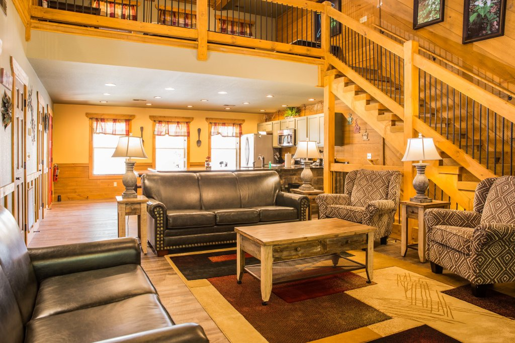 Photo of a Gatlinburg Chalet named A Hilltop Hideaway - This is the fifth photo in the set.