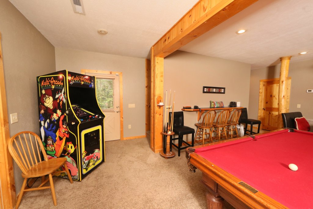 Photo of a Sevierville Cabin named Black Bear Hideaway - This is the seventeenth photo in the set.