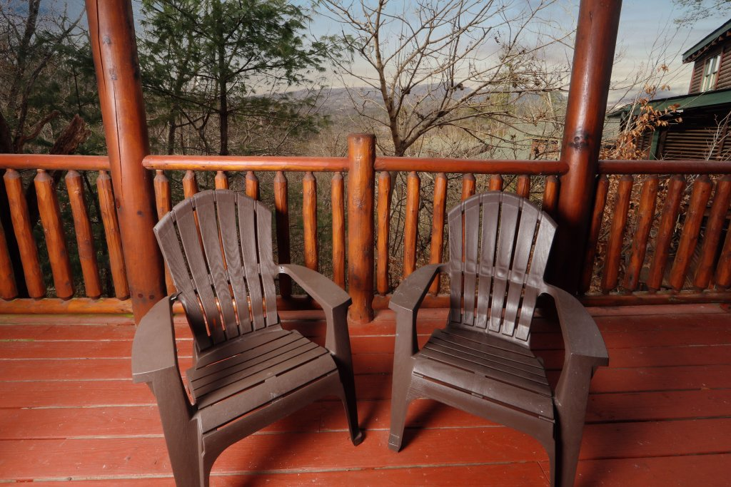 Photo of a Sevierville Cabin named Mountain Sunrise - This is the thirty-fourth photo in the set.