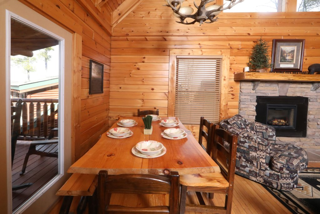 Photo of a Sevierville Cabin named Mountain Sunrise - This is the twenty-sixth photo in the set.