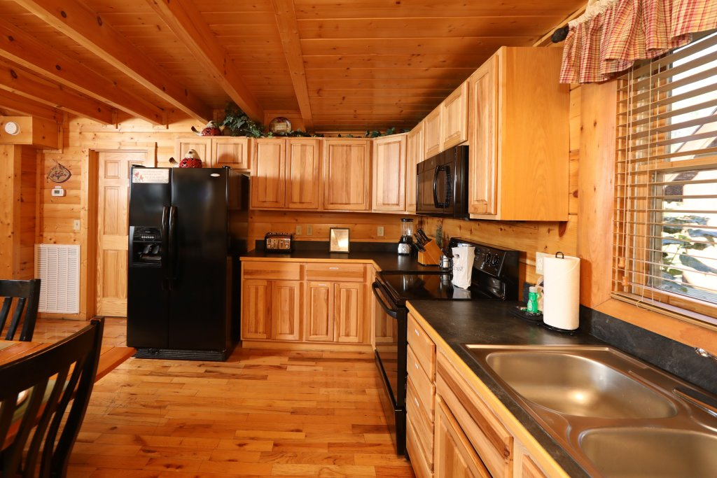 Photo of a Sevierville Cabin named Blessed Nest - This is the twenty-seventh photo in the set.