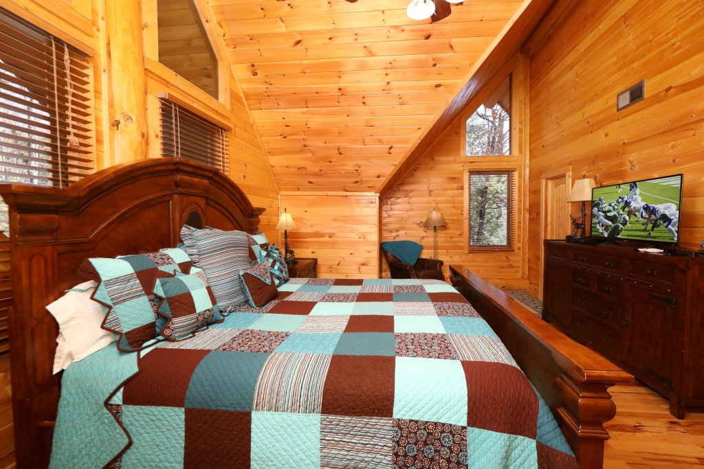 Photo of a Gatlinburg Cabin named The Lodge Of Gatlinburg - This is the fifteenth photo in the set.