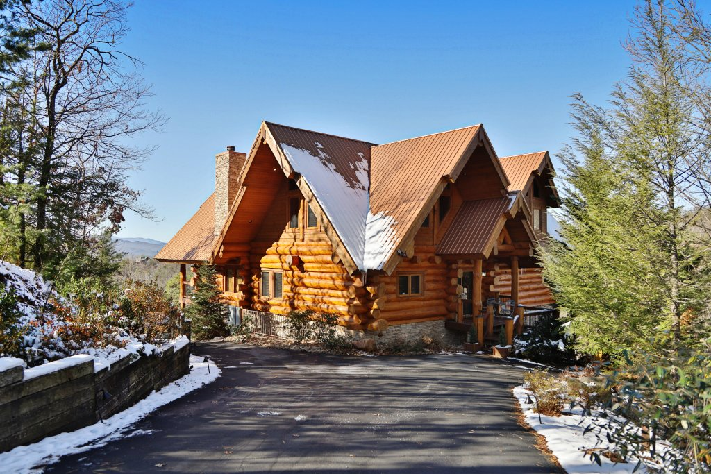 Photo of a Gatlinburg Cabin named The Lodge Of Gatlinburg - This is the forty-seventh photo in the set.
