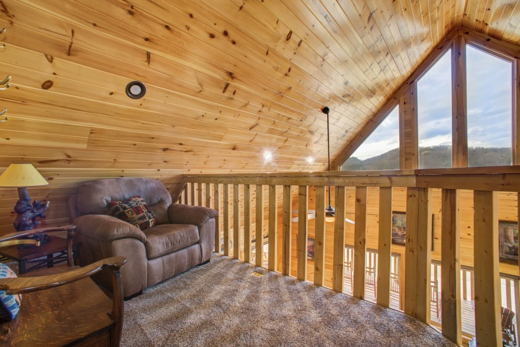 Photo of a Sevierville Cabin named Mountain Majesty - This is the eighteenth photo in the set.