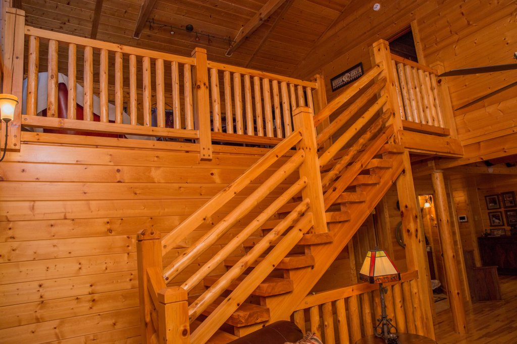 Photo of a Sevierville Cabin named Cub Creek Lodge - This is the sixth photo in the set.