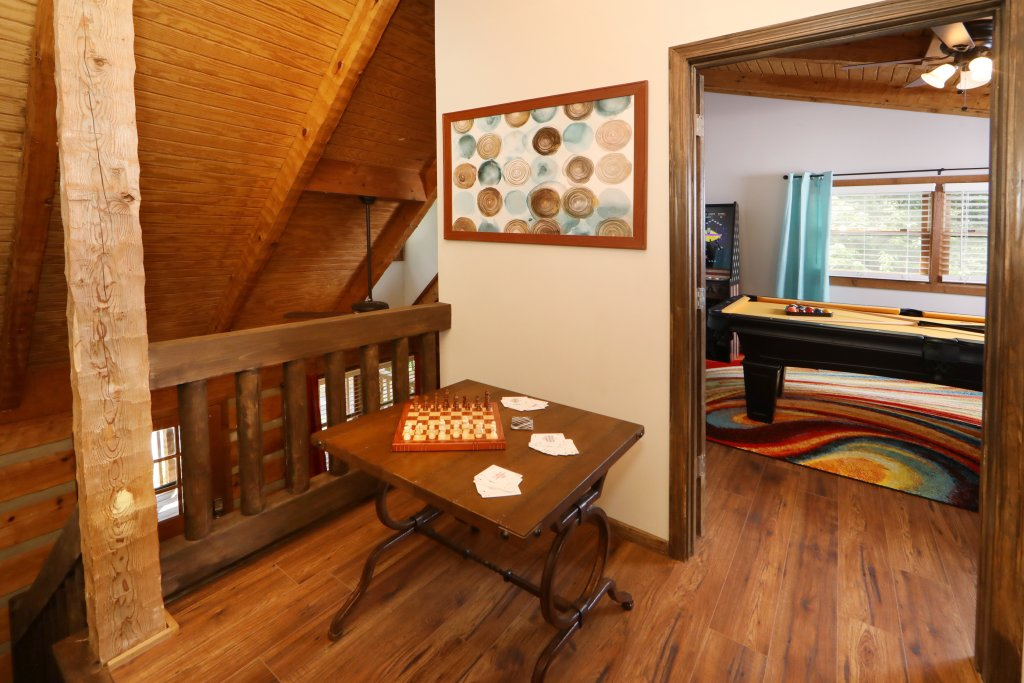 Photo of a Gatlinburg Cabin named Bear Trails - This is the fifteenth photo in the set.