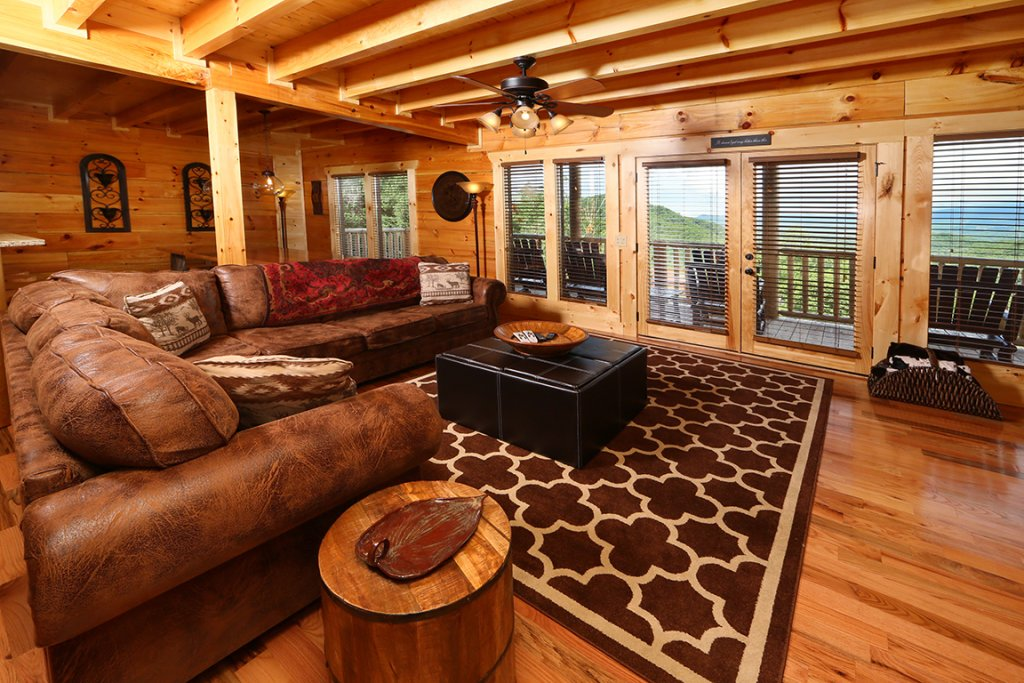 Photo of a Sevierville Cabin named Picture Perfect - This is the third photo in the set.