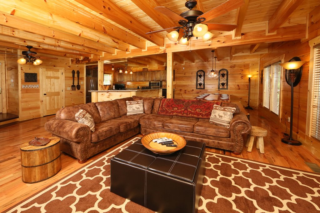 Photo of a Sevierville Cabin named Picture Perfect - This is the fourth photo in the set.