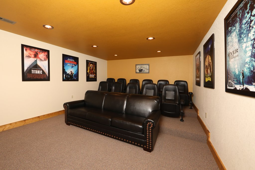 Photo of a Gatlinburg Chalet named Movie Dive-inn - This is the twenty-seventh photo in the set.