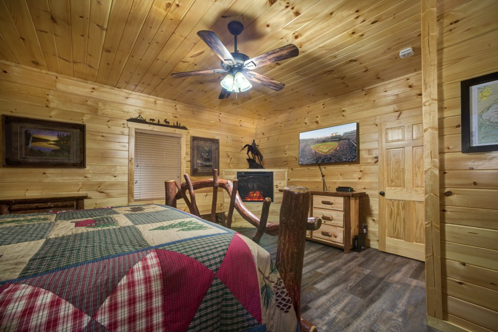 Photo of a Sevierville Cabin named Mountain Majesty - This is the eleventh photo in the set.