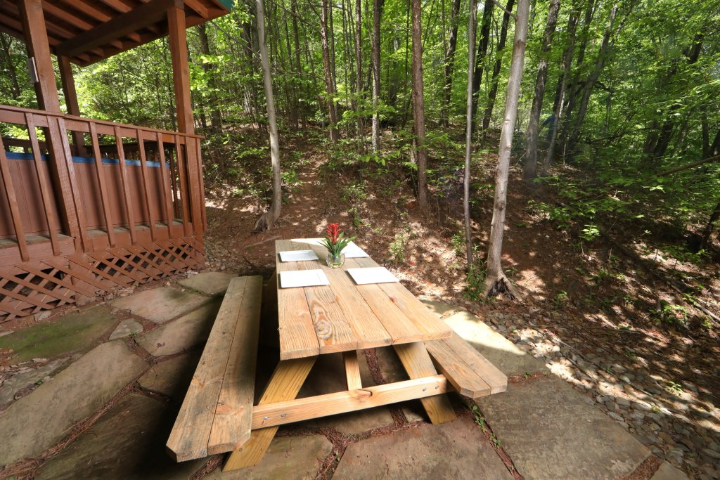 Photo of a Gatlinburg Cabin named Bear Trails - This is the twenty-seventh photo in the set.