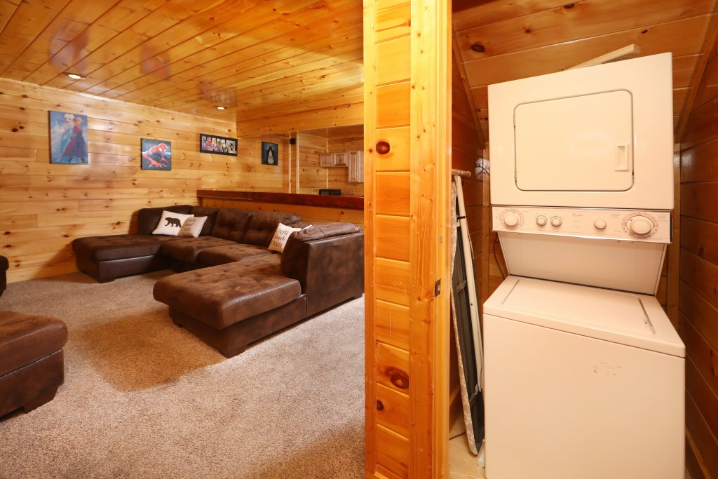 Photo of a Sevierville Cabin named Playhouse Cinema - This is the thirty-seventh photo in the set.
