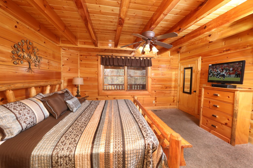Photo of a Sevierville Cabin named Playhouse Cinema - This is the twenty-second photo in the set.