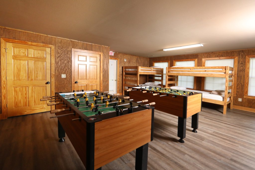 Photo of a Pigeon Forge Chalet named Oak Tree Lodge (#3) - This is the sixty-first photo in the set.