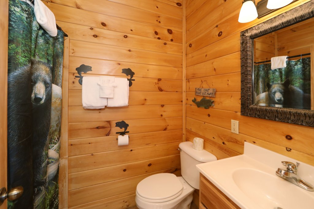 Photo of a Sevierville Cabin named Echoes Of Eden - This is the twenty-fourth photo in the set.