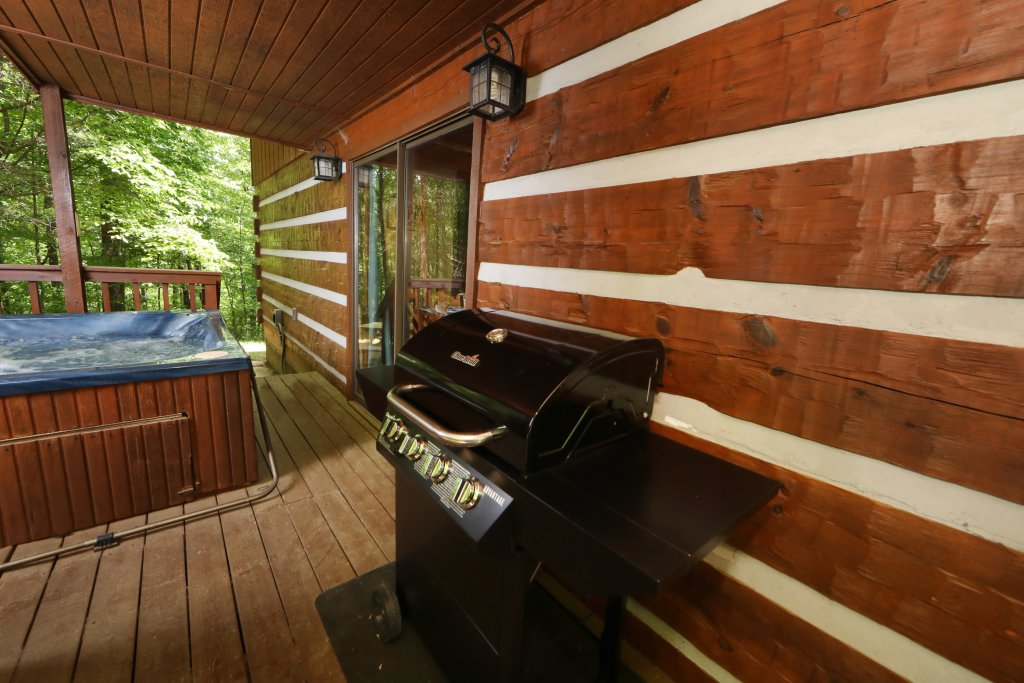 Photo of a Gatlinburg Cabin named Bear Trails - This is the twenty-fifth photo in the set.