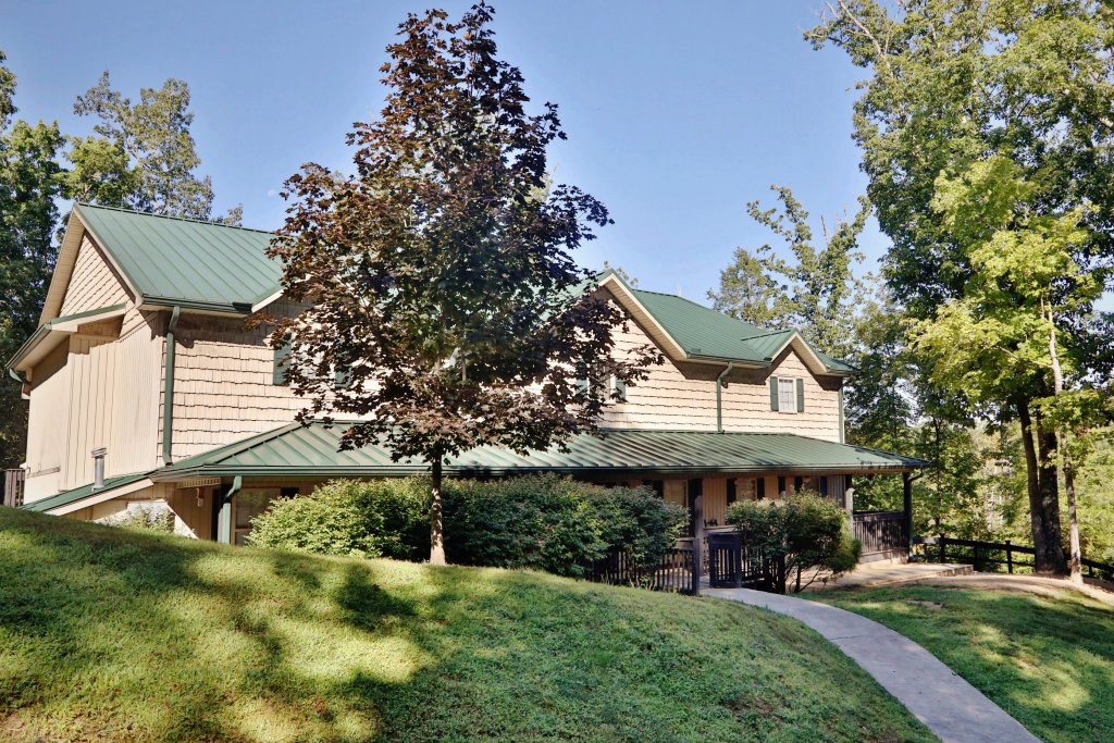 Photo of a Pigeon Forge Chalet named Oak Tree Lodge (#3) - This is the eightieth photo in the set.