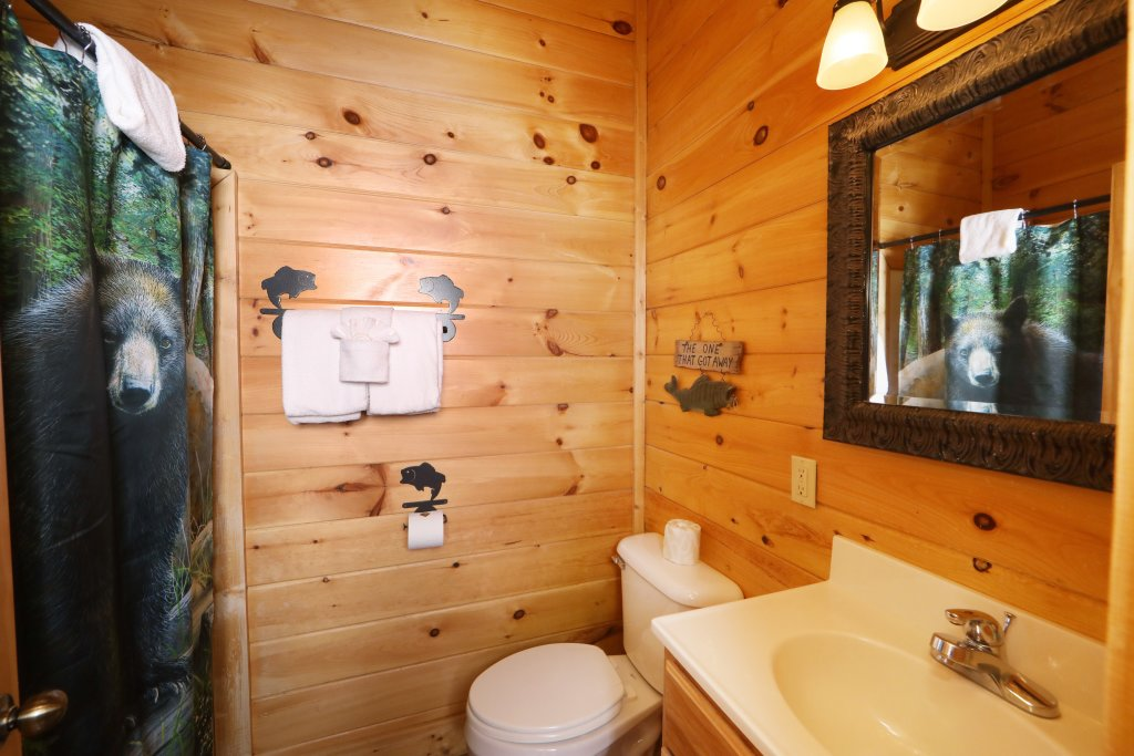 Photo of a Sevierville Cabin named Echoes Of Eden - This is the thirteenth photo in the set.