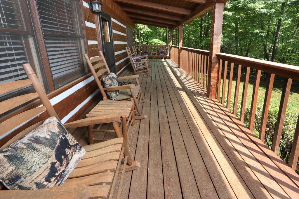 Photo of a Gatlinburg Cabin named Bear Trails - This is the thirtieth photo in the set.