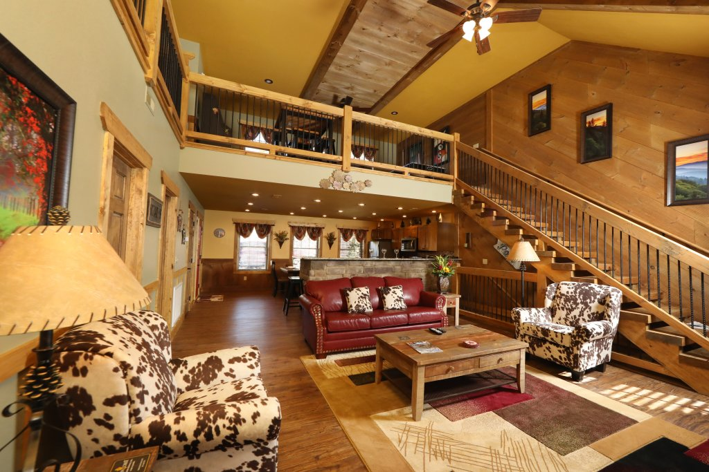Photo of a Gatlinburg Chalet named Hilltop Haven - This is the eighth photo in the set.