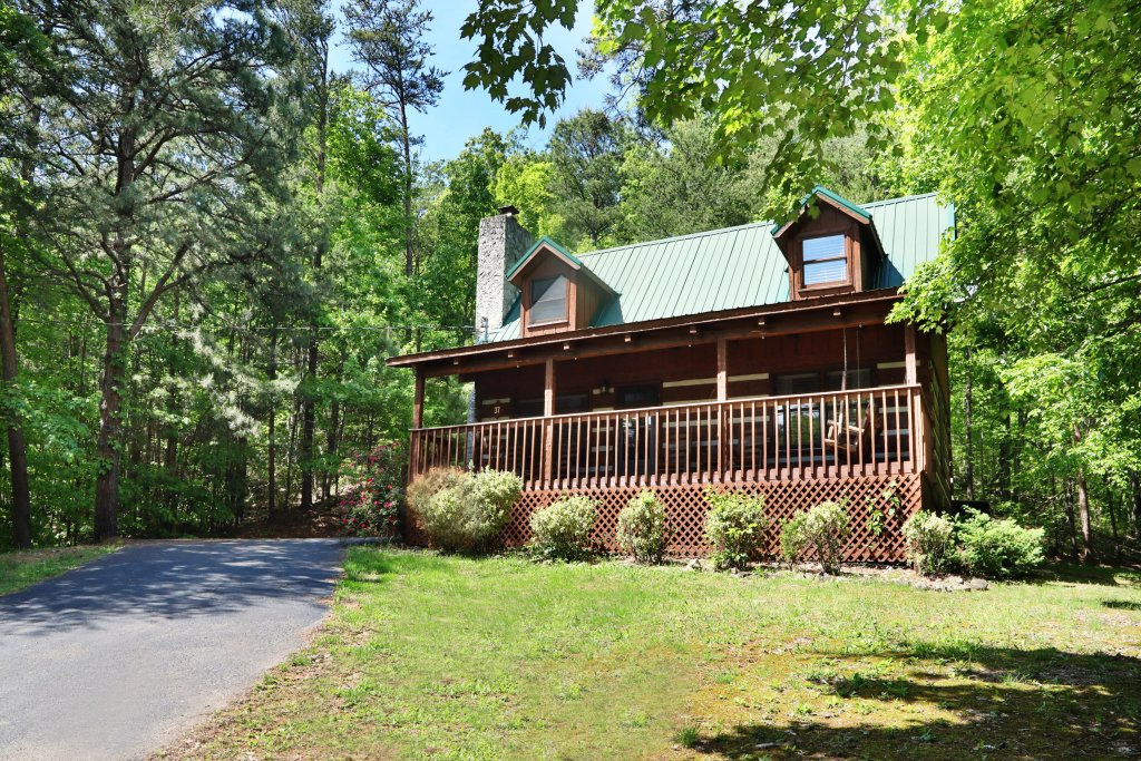 Photo of a Gatlinburg Cabin named Bear Trails - This is the thirty-third photo in the set.