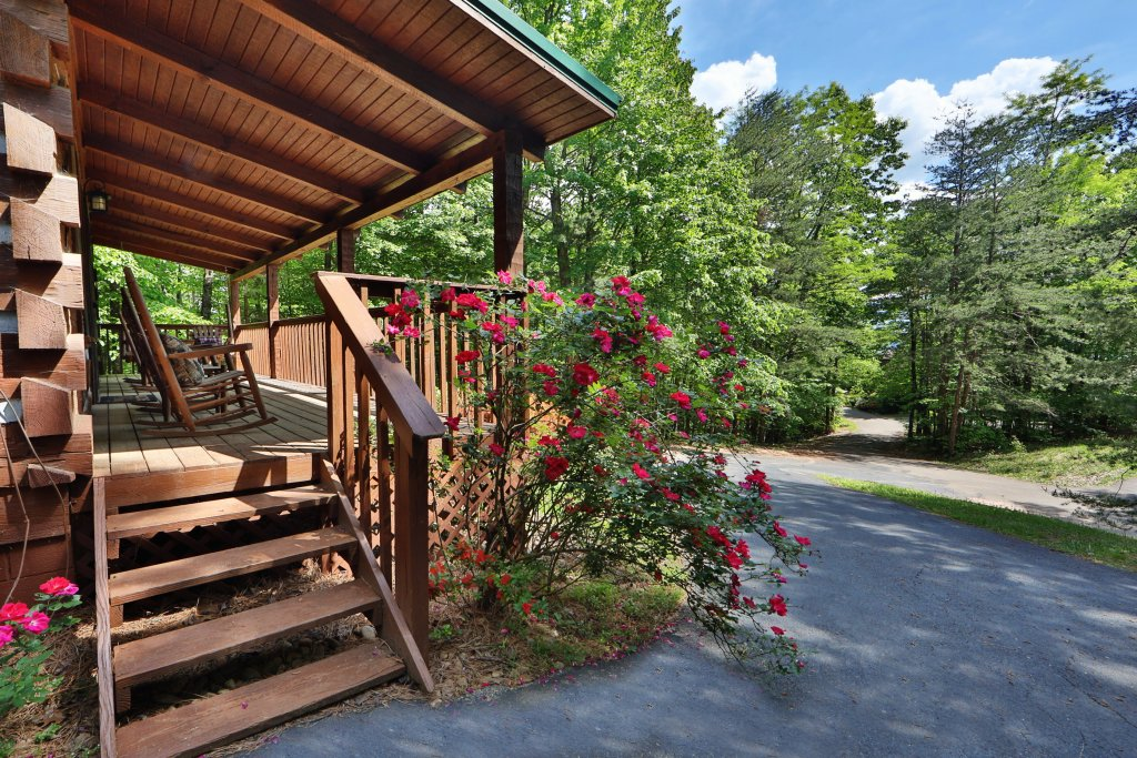 Photo of a Gatlinburg Cabin named Bear Trails - This is the thirty-first photo in the set.