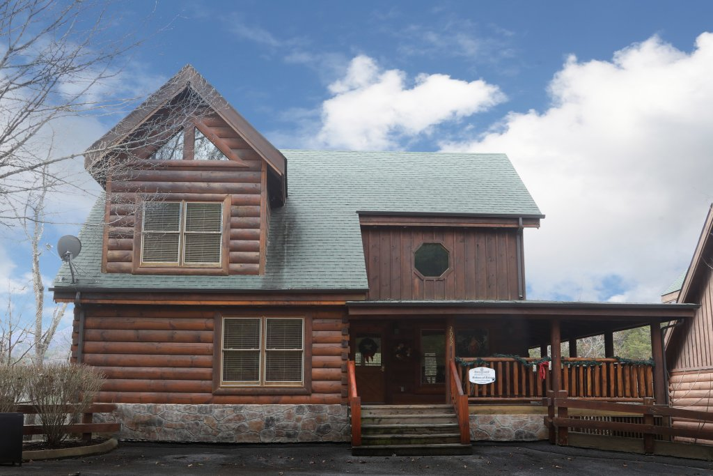 Photo of a Sevierville Cabin named Echoes Of Eden - This is the first photo in the set.