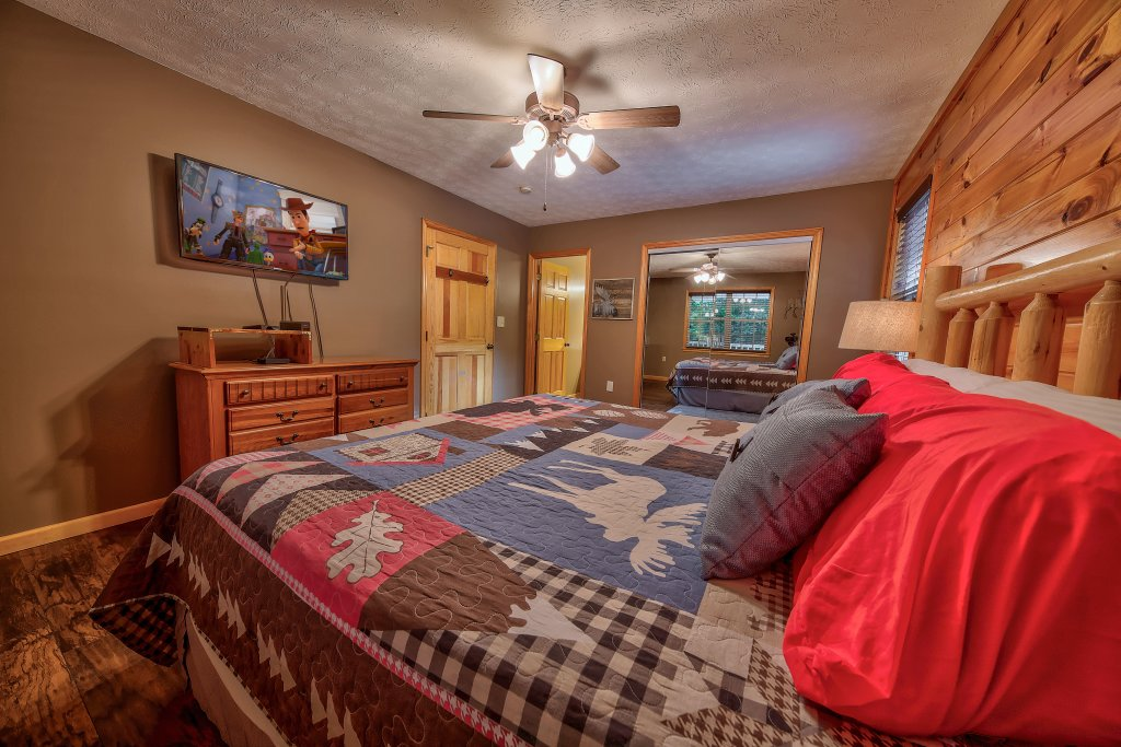 Photo of a Gatlinburg Chalet named Blue Mountain Mist - This is the eighth photo in the set.