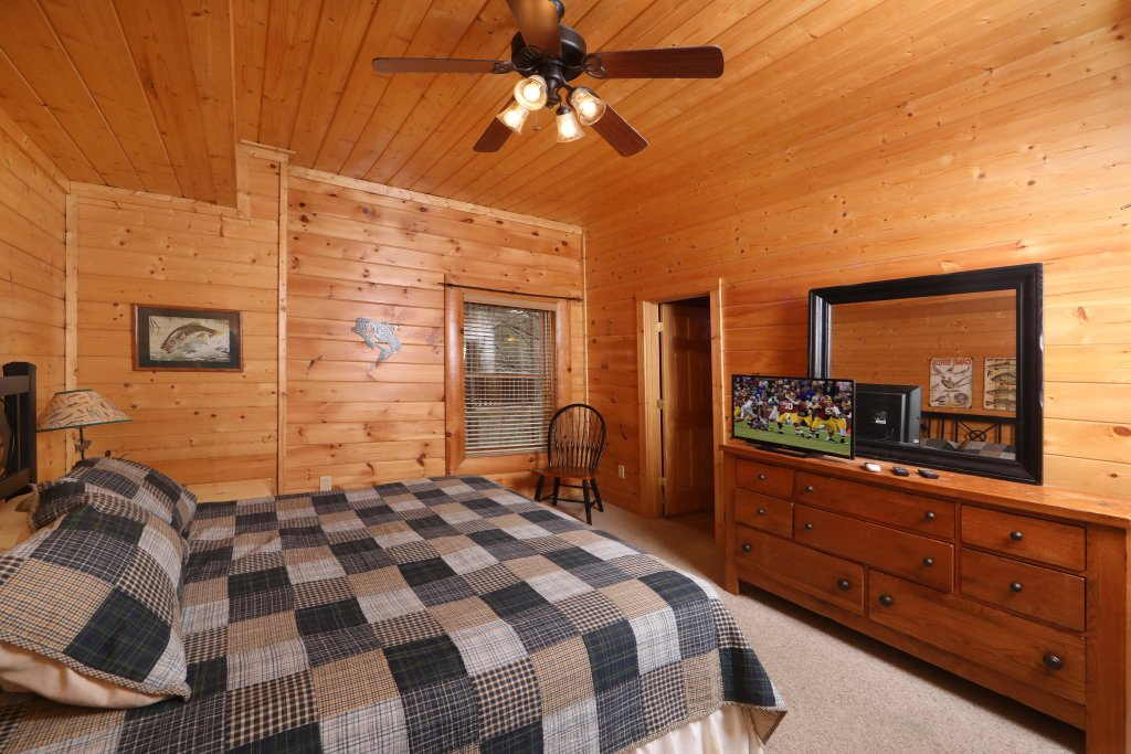 Photo of a Sevierville Cabin named Echoes Of Eden - This is the fifteenth photo in the set.
