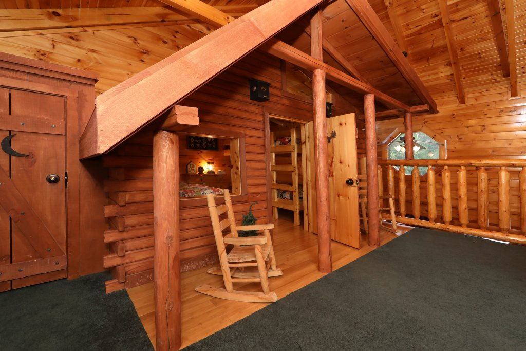 Photo of a Sevierville Cabin named Playhouse Cinema - This is the twenty-sixth photo in the set.
