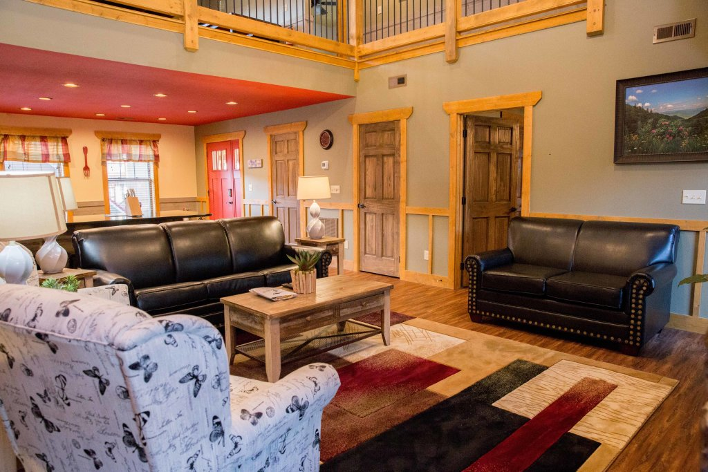 Photo of a Gatlinburg Chalet named Serene Oasis - This is the fourth photo in the set.