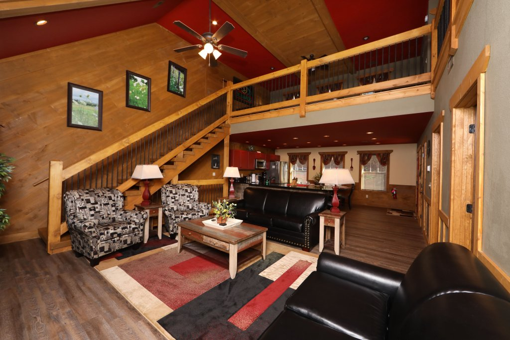 Photo of a Gatlinburg Chalet named Splash Mansion - This is the second photo in the set.
