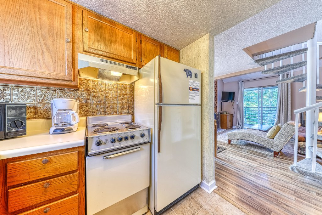 Photo of a Gatlinburg Cabin named Summit Splendor - This is the sixth photo in the set.
