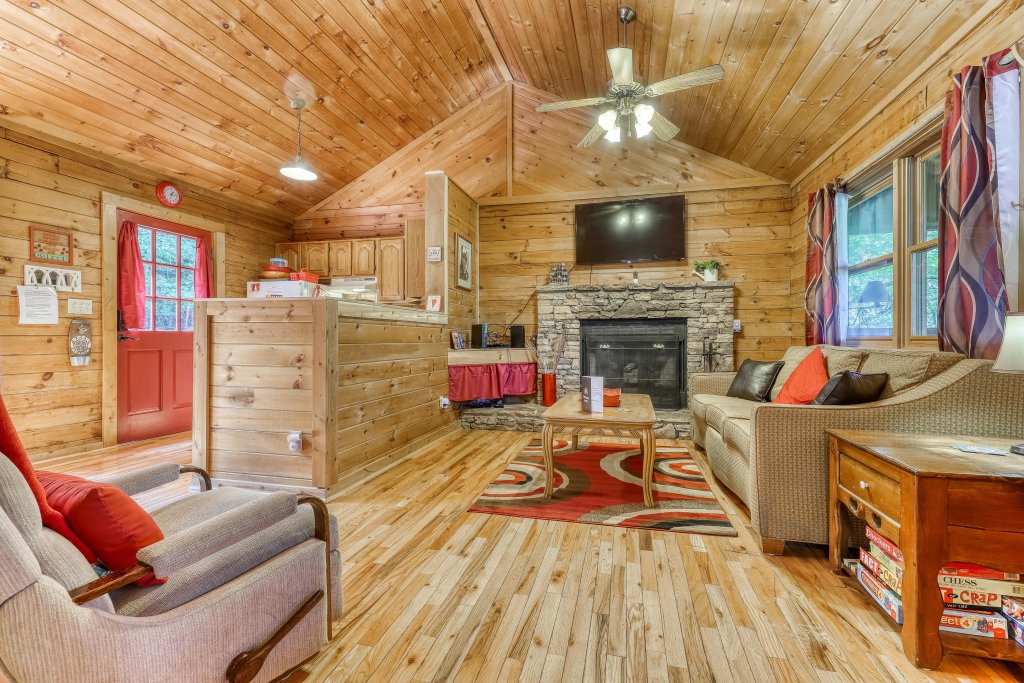 Photo of a Sevierville Cabin named Mountain Ridge Cabin - This is the twelfth photo in the set.